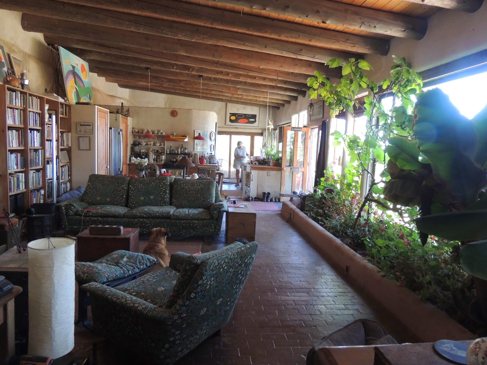 Of Earthships Friends And The Pecos Vibe