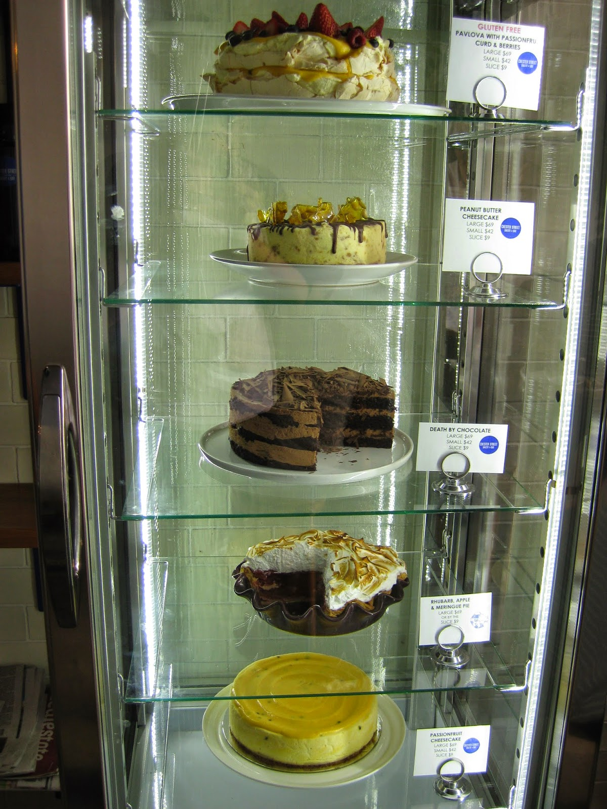 Cassie Cakes Review of Chester Street: cake cabinet