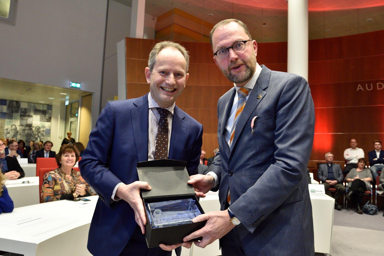 Afscheid van burgemeester Schoenmaker