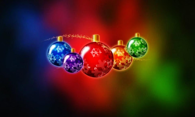 pictures of christmas balls