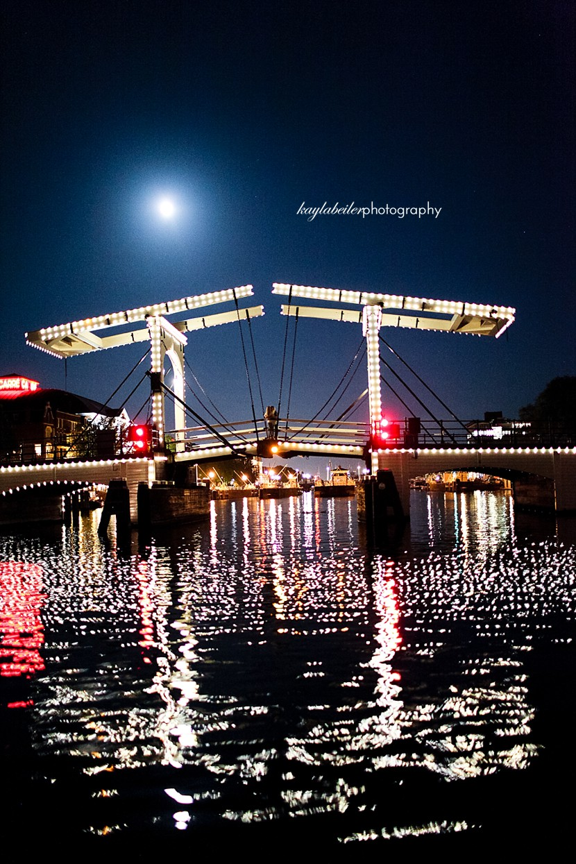 night boat cruise amsterdam photo