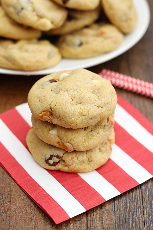 Triple Chip Pudding Cookies - Whats Cooking Love?