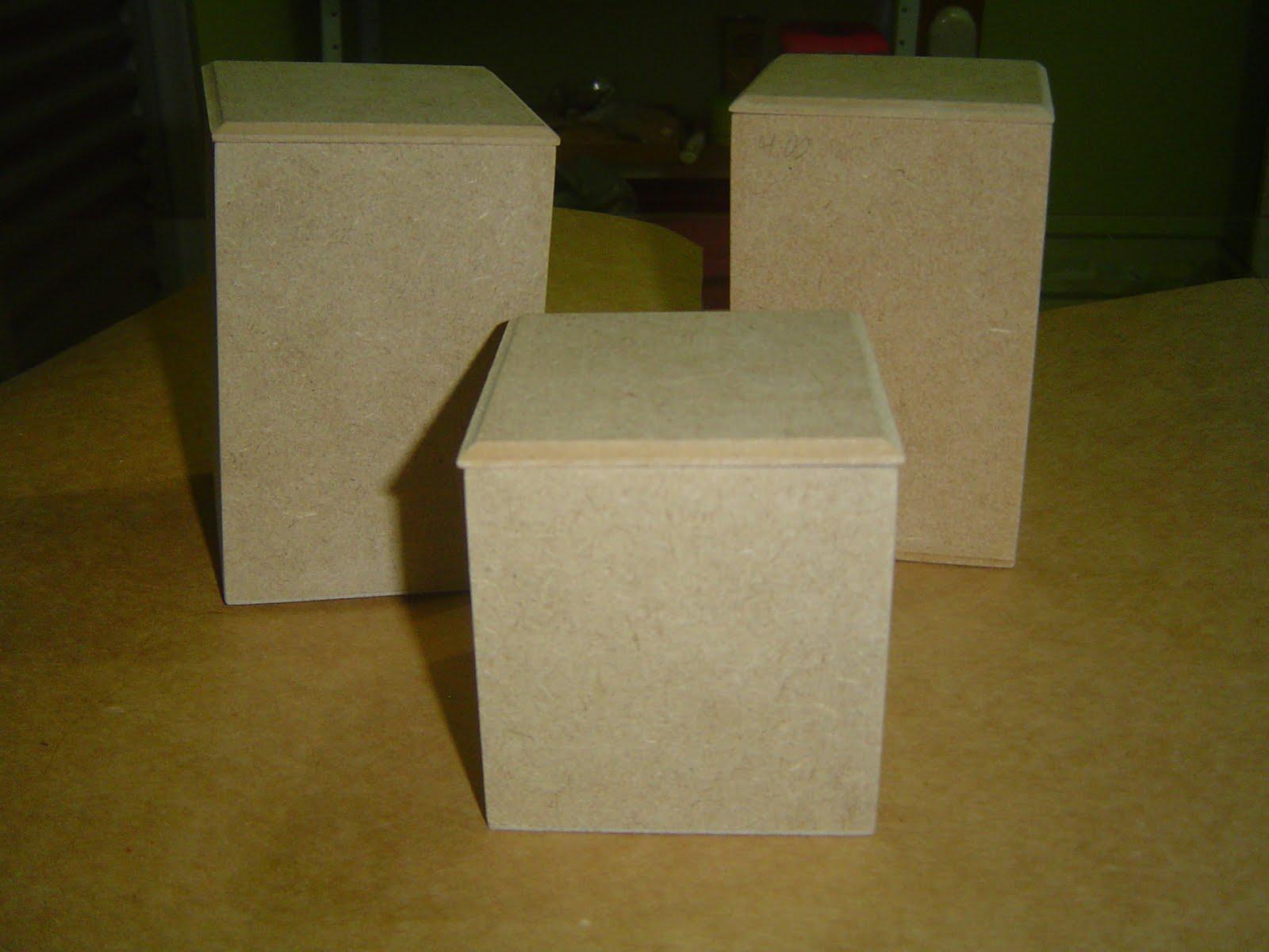 Potinhos para banheiro com textura de renda Tramas e Pinturas O  #2A2609 1600 1200