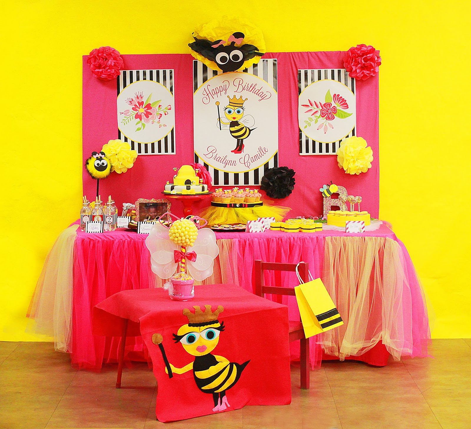 Felt Bee Table Drop For Birthday Girls 55 Tissue Pom And Addtional Poms 40 Edible Centerpiece On Childs 65