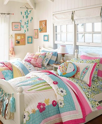 pretty girls rooms with a good dash of whimsy nooshloves