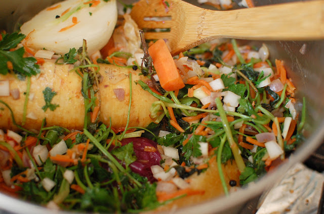how to make vegetable stock from scraps