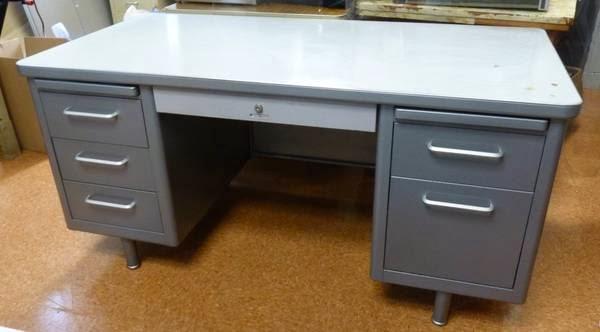 Cute Metal Desks Bedford Ma Http Boston Craigslist Org Nwb Fuo Html Vintage Office Desk