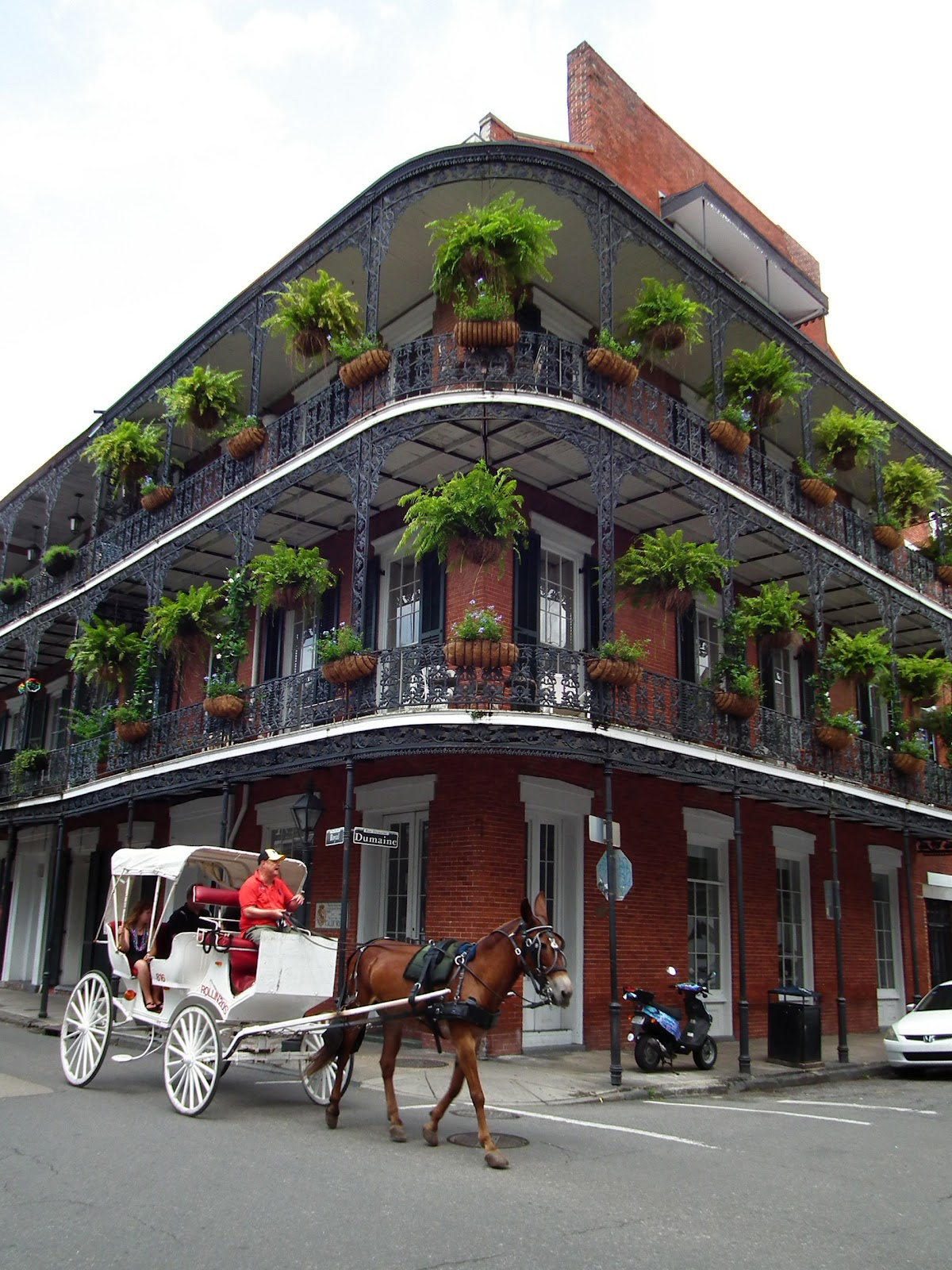Spunci 39 s travels alabama mississippi louisiana on the for Casa in stile new orleans