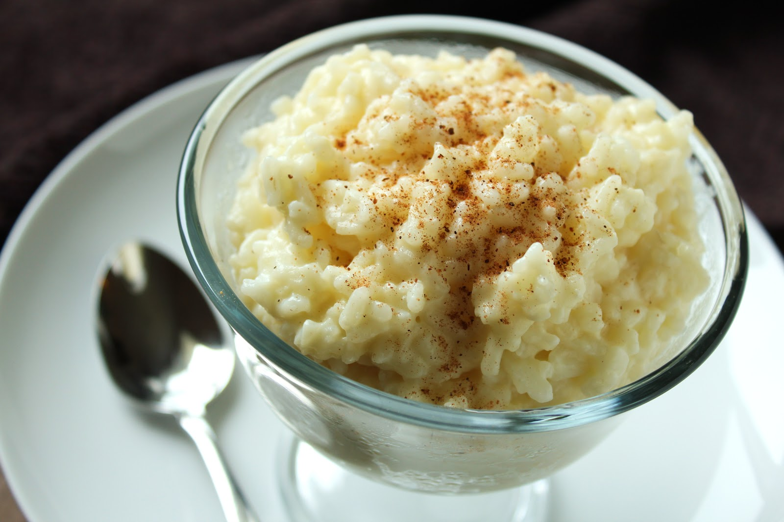 Creamy rice pudding with extra vanilla will comfort you and cheer you ...