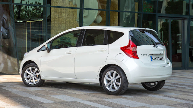 Nissan Note side