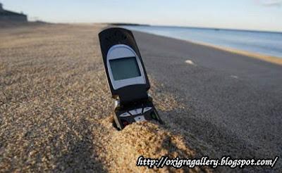 Miliarder Temukan Kembali Ponselnya setelah jatuh dari pesawat