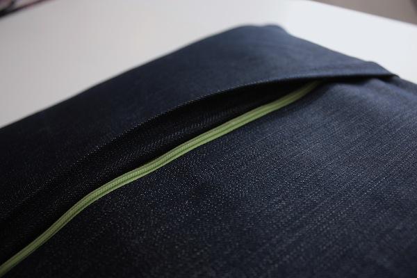 fabric manipulation · almohadón · 22 cierre verde! · Ro Guaraz