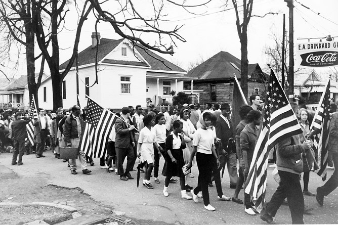 significance of civil rights Discover the people, groups, and events behind the civil rights movement learn about means of non-violent protest, opposition to the movement, and identify how it took all three branches of the federal government to effect change.