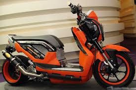 gambar modifikasi Honda Zoomer-X lowrider