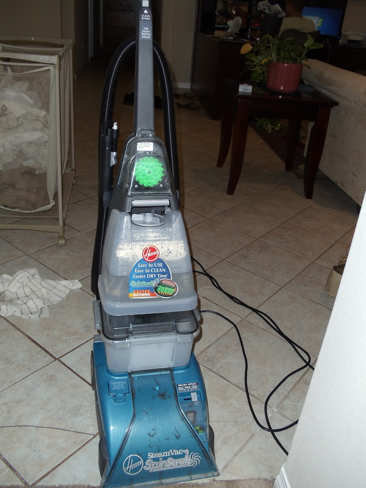 diy carpet cleaner. A Friend Lent Me Her Hoover Steamvac (a Practically New Yard Sale Find For About $30, I\u0027m Told), And I Was In Love. It Easy To Use Did Great Diy Carpet Cleaner