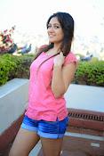 Prabhajeet Kaur Glamorous Photo shoot-thumbnail-53