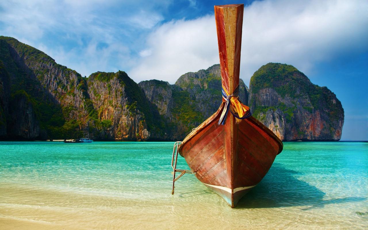 http://4.bp.blogspot.com/-3BxjtNkyBOQ/T7uc4Hk8OpI/AAAAAAAAFmc/wxpg_PDtZrk/s1600/boat-on-exotic-beach-1280x800.jpg