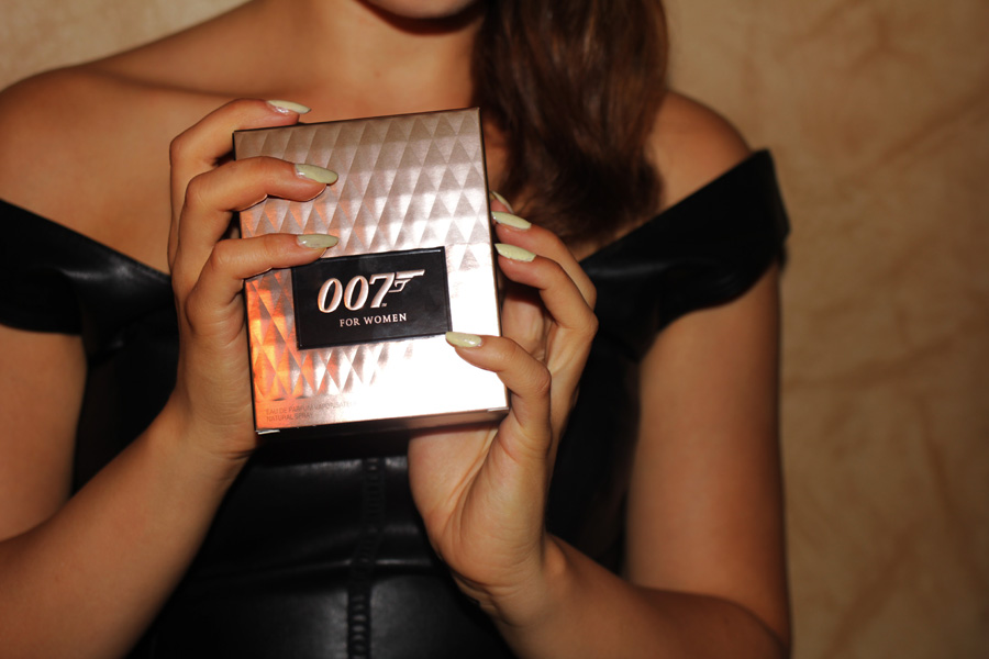 007 perfume review