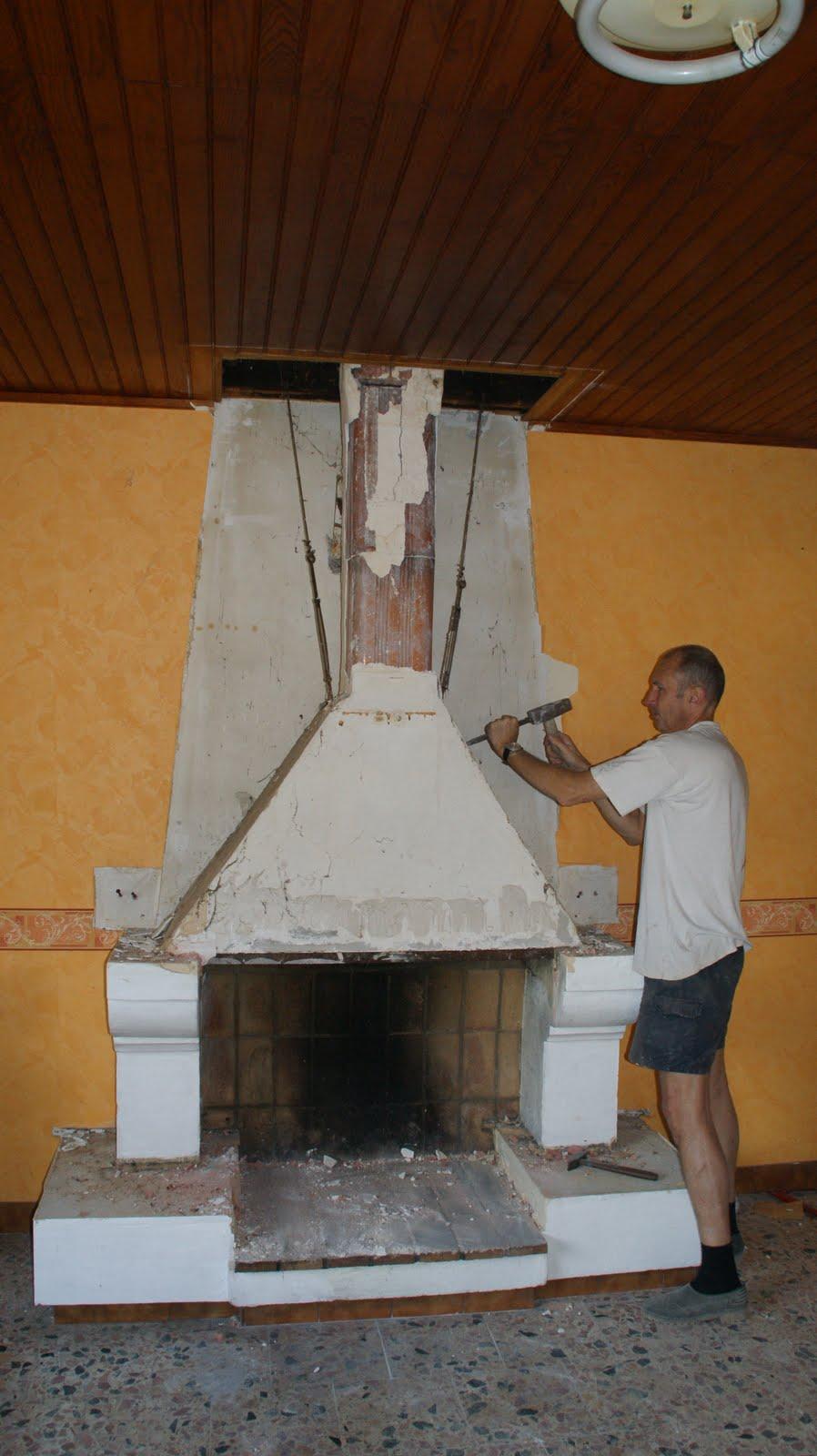 Belvezet mas de l 39 ancienne eglise septembre 2009 d molition d 39 une chemin e - Demolition cheminee ancienne ...