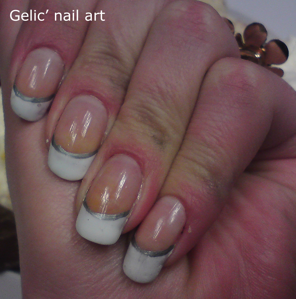 Gelic\' nail art: French manicure in white and silver