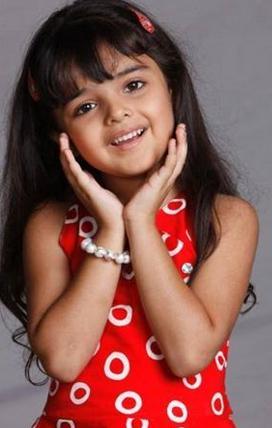 صور الطفلة أنهار في مسلسل أنهار الهندي ...