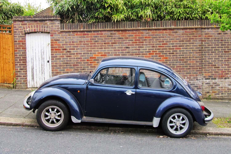 vintage car spotting  streets  london vw beetle brighton