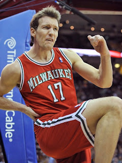 Mike Dunleavy Bucks