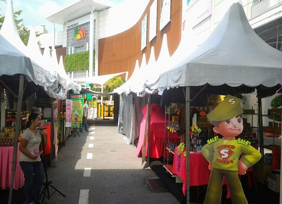 Booth Ramadhan Super Chips di Jusco Aeon Station 18