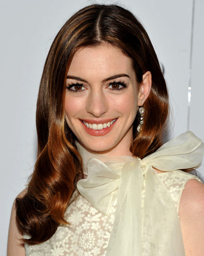 The Top 10 Brunettes i... Anne Hathaway Brown