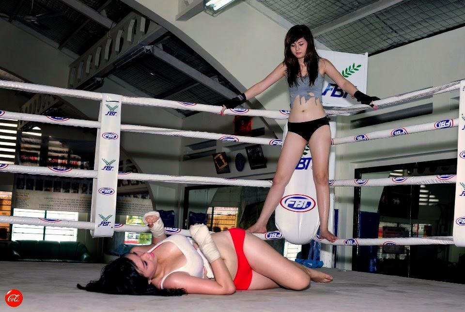Khi phái đẹp đấu boxing 12