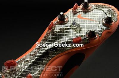 New Nike Mercur...