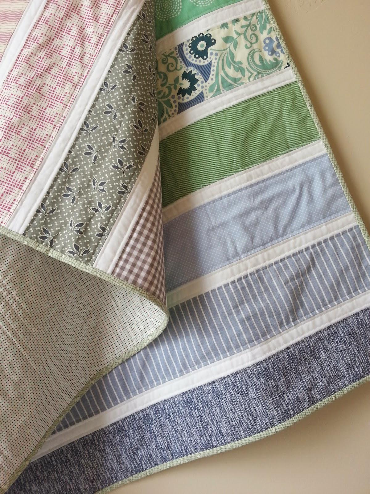 Hanging Big Stripes Quilt