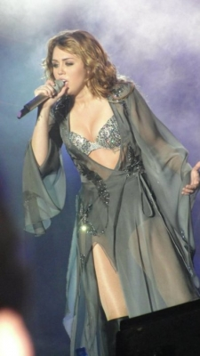 Miley Cyrus Gypsy Heart Tour Trailler