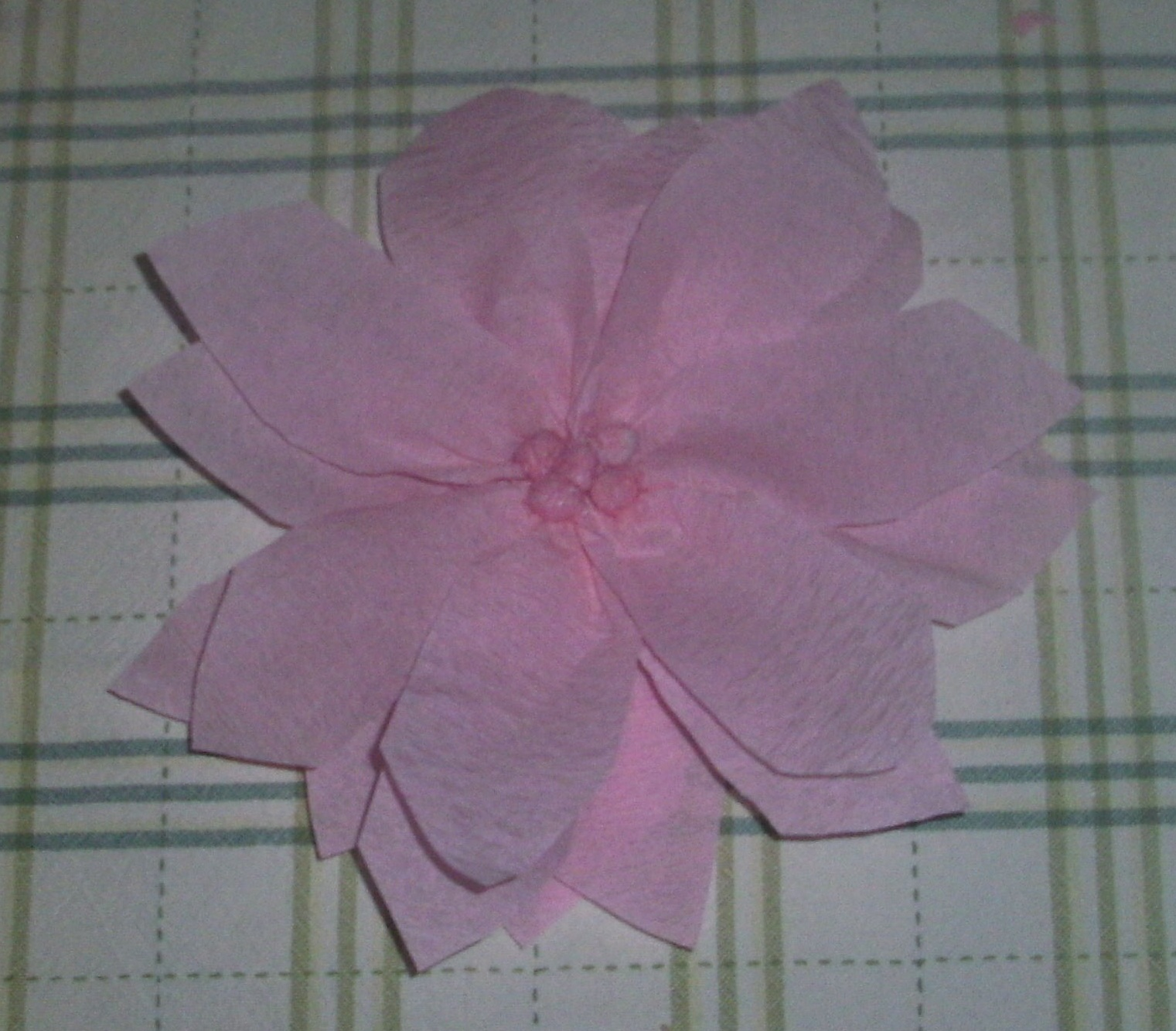 Random Acts Of Momness How To Make Poinsettia Flowers Out Of Crepe