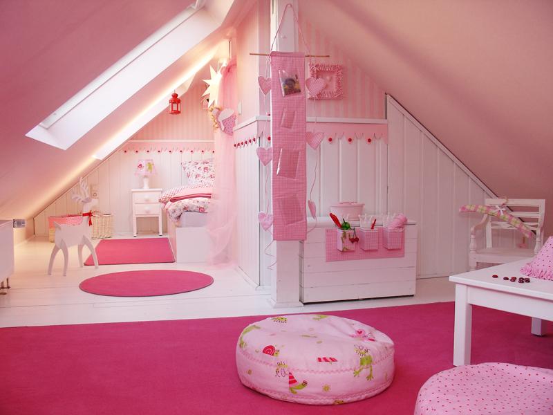 Kinderzimmer Einrichtung Ideen: Kinderzimmer Einrichten Schmal Ein ... Ideen Kleines Kinderzimmer