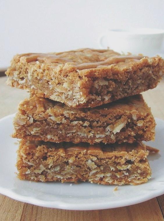 butterscotch oatmeal bars | une gamine dans la cuisine