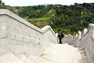 Janjang Seribu ( Great Wall Bukittinggi )