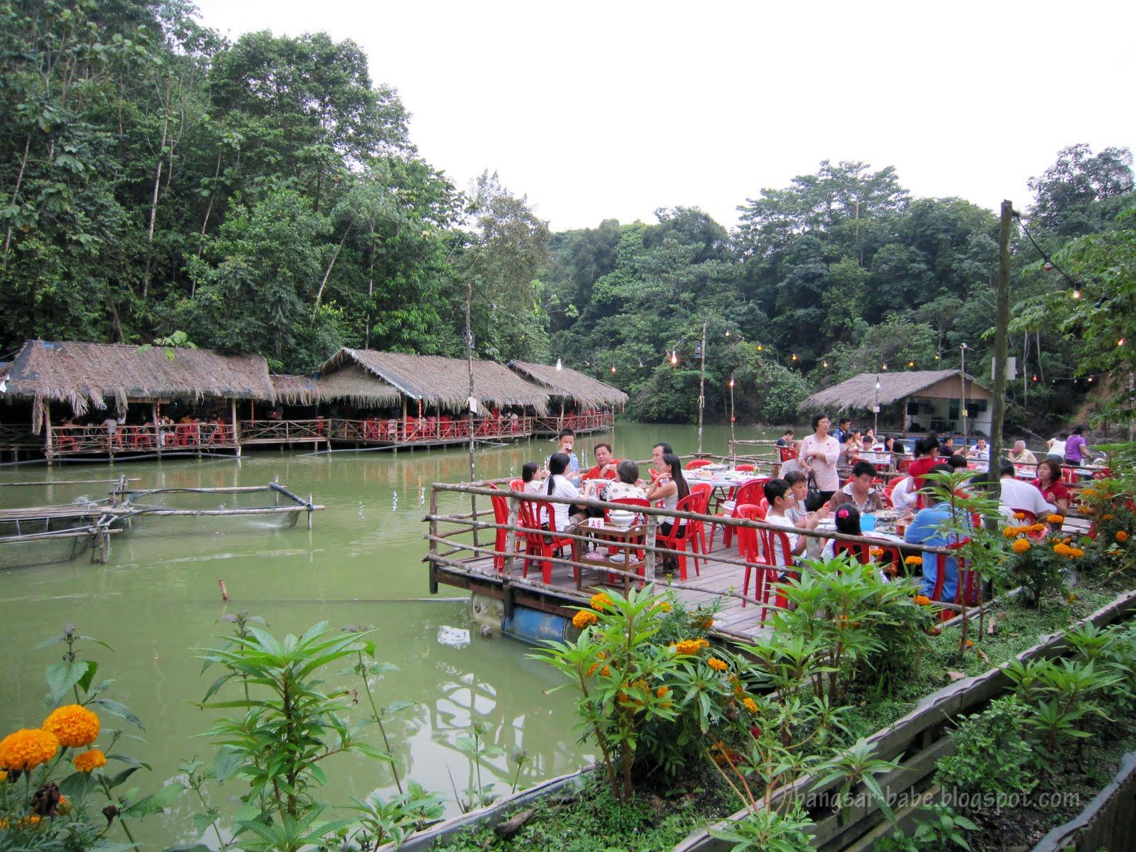 Thai Food Valley Village