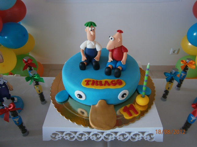 Decora    O Phineas E Ferb Anivers  Rio Do Thiago