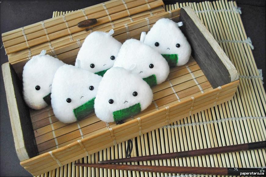 Ai Nihon 愛日本: Onigiri – Rice balls on the go - Farmofminds