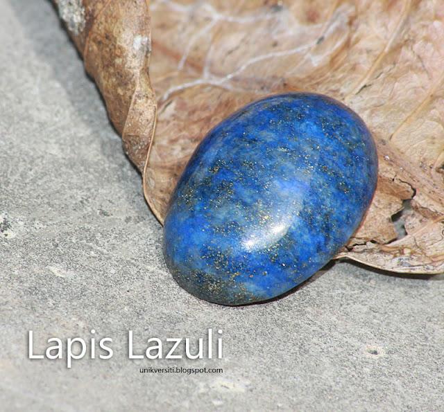 Batu permata Lapis Lazuli