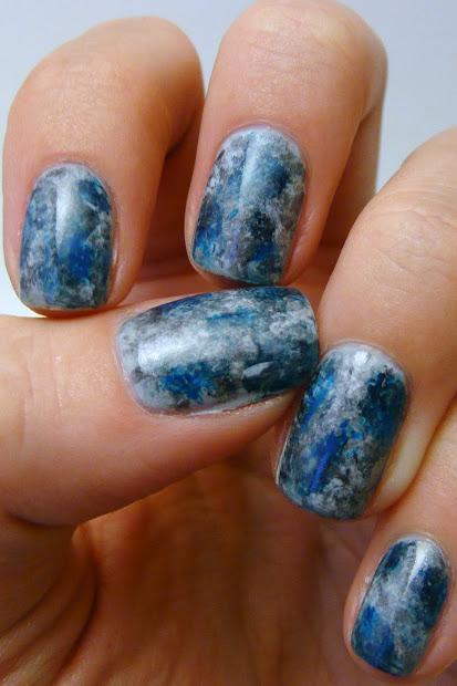 casa de polish abstract nails