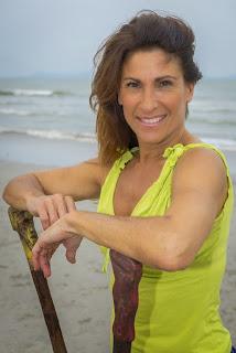 Isabelle, 54 ans, malentendante, professeure de danse et mère de 3 enfants.