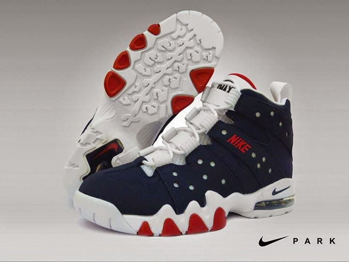 Here is another retro release from Nike. This model back in the day has  been worn by Charles Barkley, one of the most dominant player during his  time.