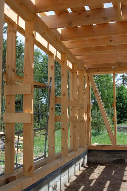 Konstrukcja-domu-z-drewna