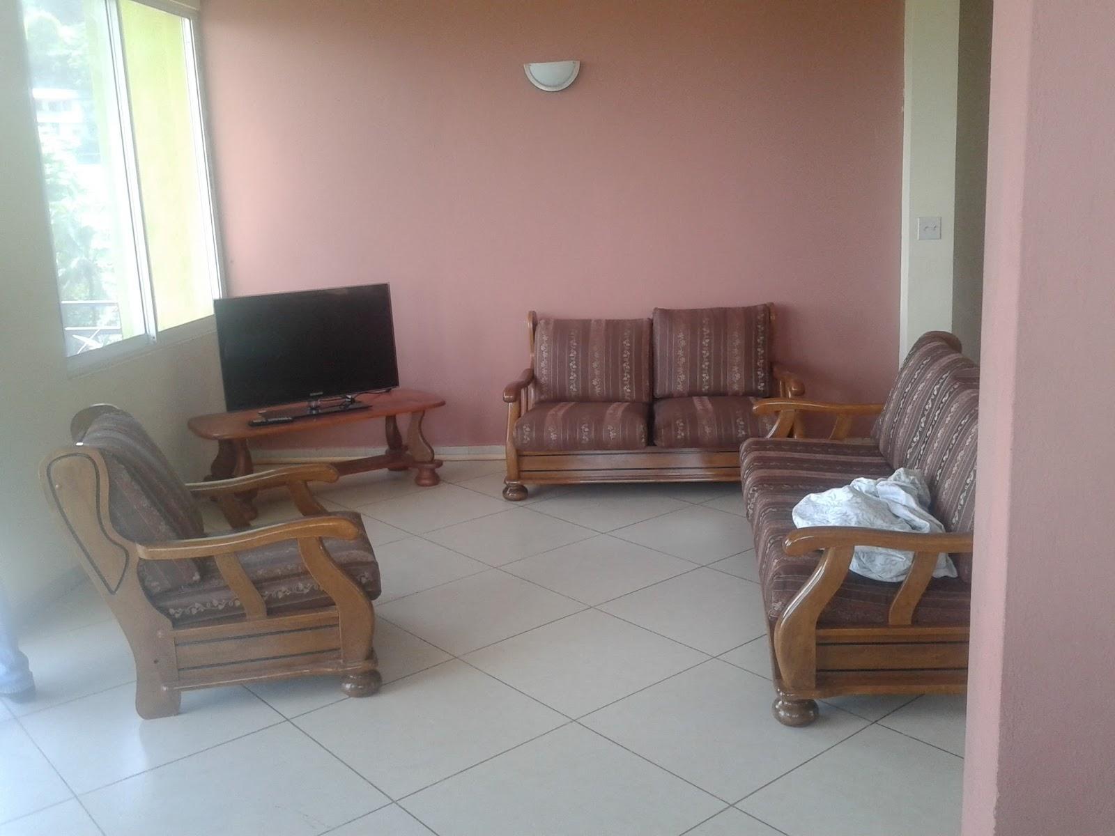 appartement meuble a louer a pacot immobilier en haiti. Black Bedroom Furniture Sets. Home Design Ideas