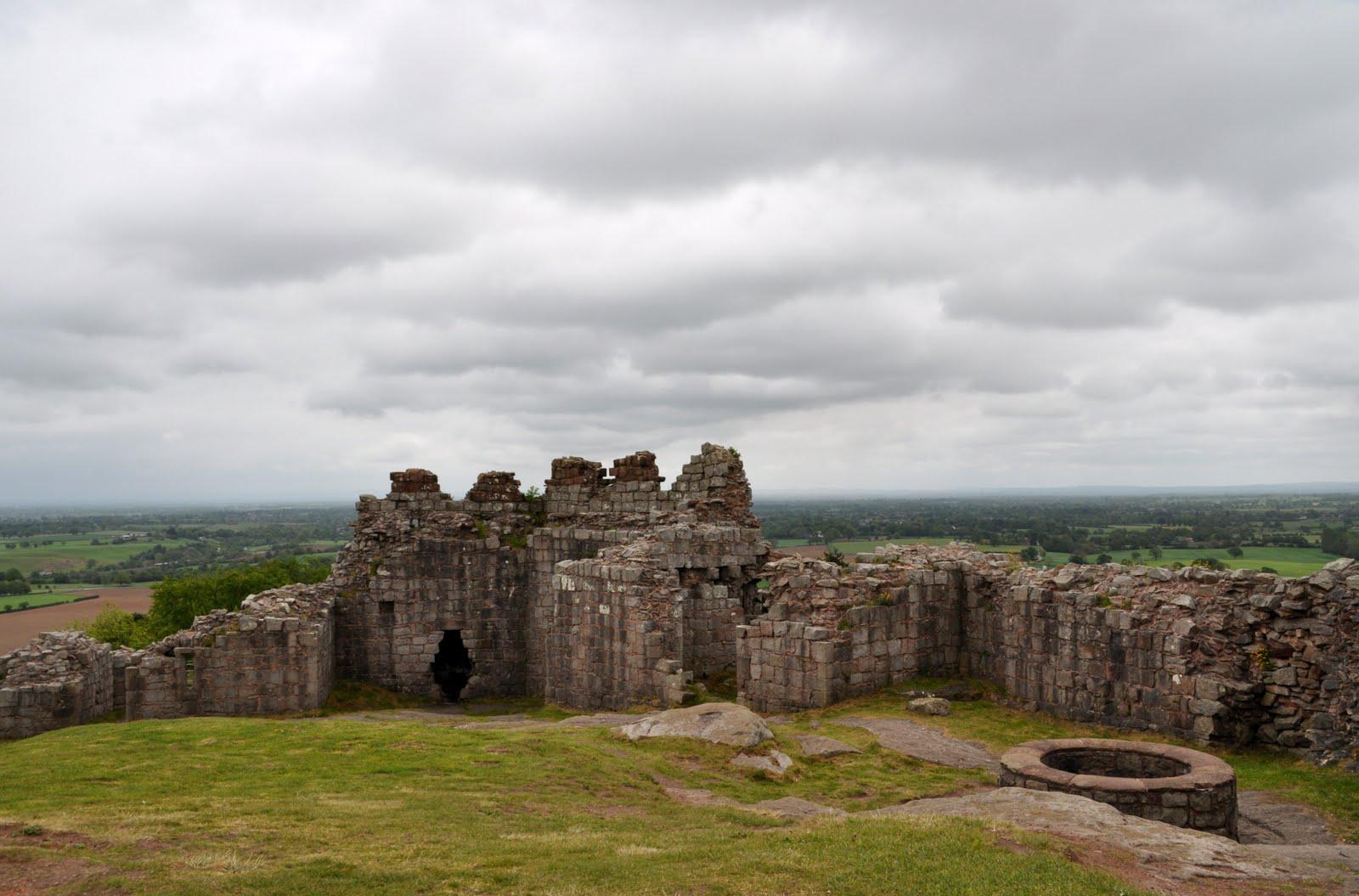 rambles with a camera: Beeston Castle ...
