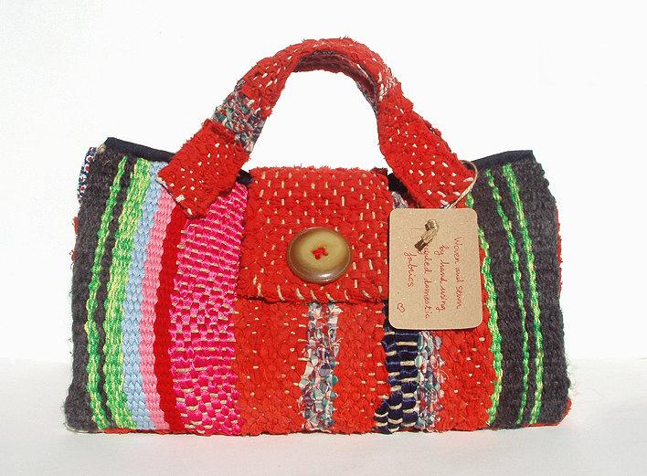 El blog de Cristi: Bolso tejido a mano con telas recicladas