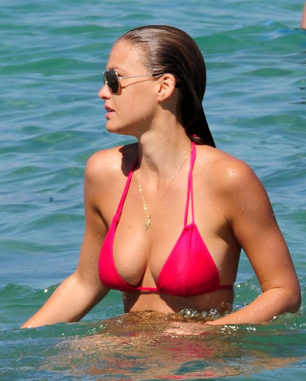 Bar Refaeli Bikini Bodies  Pic 29 of 35