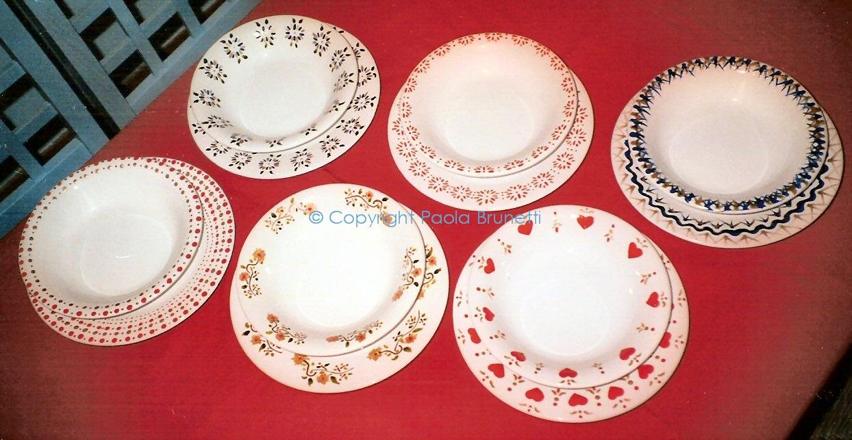 La cucina di paola brunetti servizio di piatti in ceramica dipinti a mano da me - Piatti da cucina moderni ...